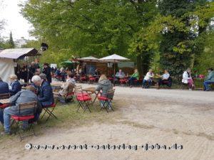 Sitzflächen im Schlossgarten Bad Ippenburg