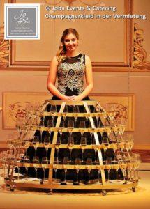 Champagnerkleid